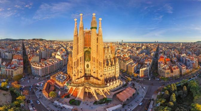 I Spent an Unexpected Extra Day in Barcelona, Spain