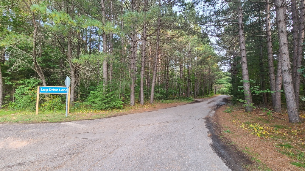 My campsite was located on Big Chute Crescent, which is accessed via Log Drive Lane.