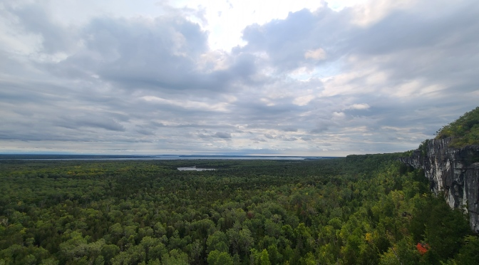 Cup and Saucer Trail Guide – Manitoulin Island